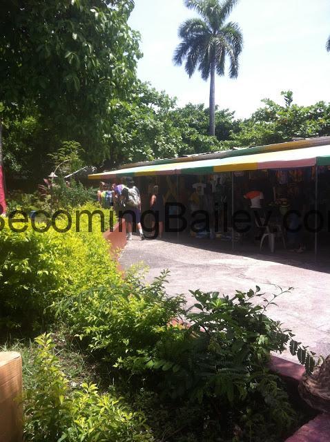 {Honeymoon in Jamaica} Shopping in Ocho Rios, Jamaica
