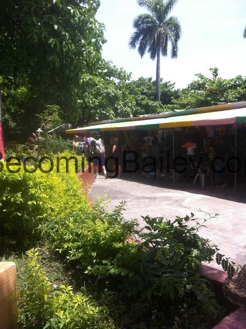 {Honeymoon in Jamaica} Shopping in Ocho Rios, Jamaica