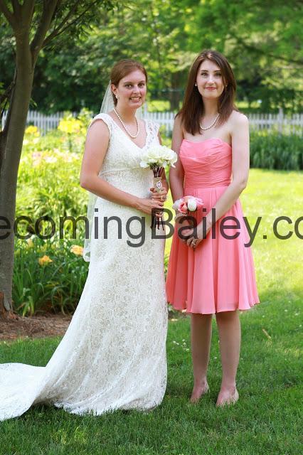 Andrew + Bailey: Bridesmaids Portraits